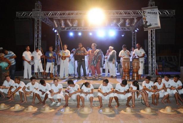 Evento aconteceu no Teatro de Arena, no Porto Geral de Corumbá (Foto: Renê Marcio Carneiro)