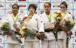 A ladarense Larissa Farias (1ª do lado esquerdo da foto) conquistou uma prata e garantiu o país no pódio