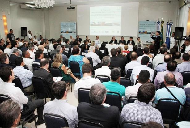 Prefeito Paulo Duarte destacou importância da hidrovia para a economia local (Foto: Marcos Boaventura)