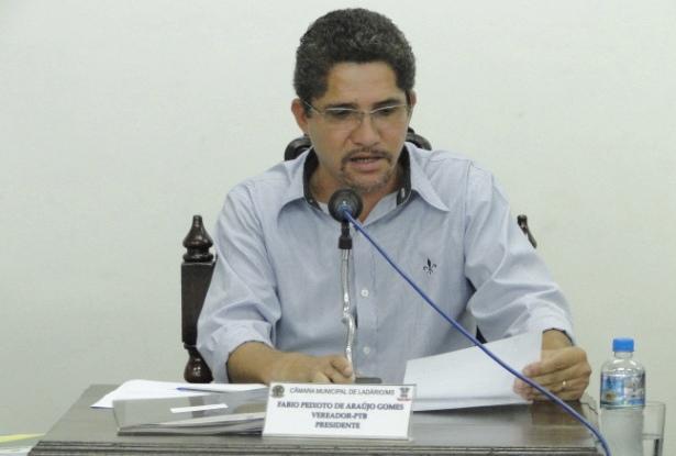 Presidente da Câmara de Ladário apresenta Moção de Congratulação ao coronel Waldir Ribeiro Acosta